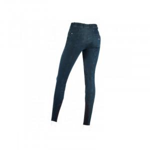 Giusy ridbyxa finns också i jeansmodell.